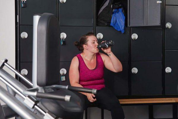 Dụng cụ cần thiết khi đi tập gym